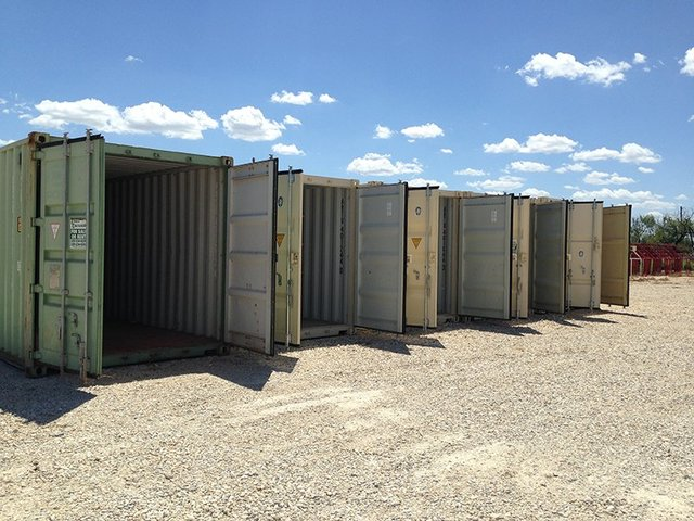 new-shipping-storage-containers-1